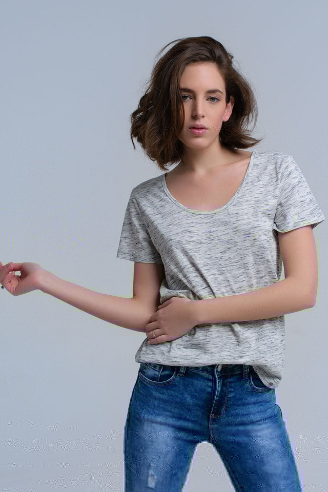 T-shirt grigia con stampa maculata