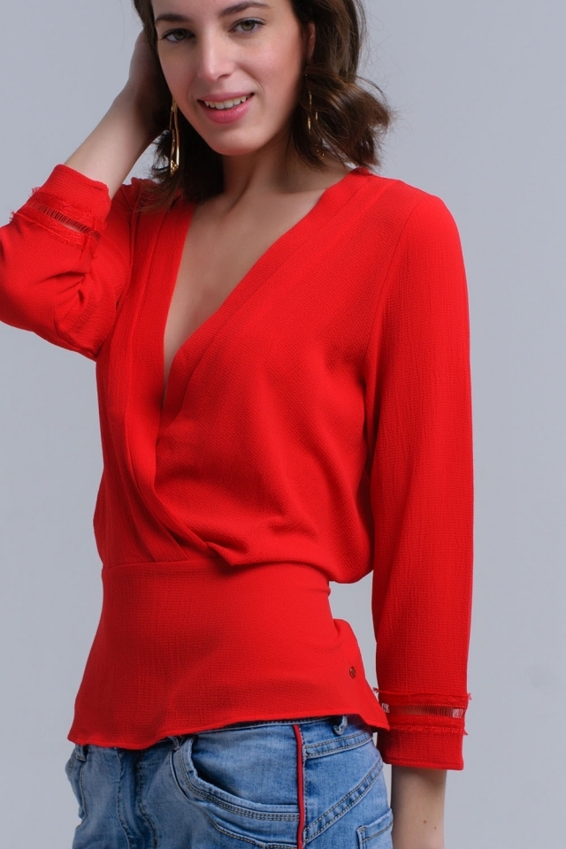 Camicia rossa incrociata con nastri