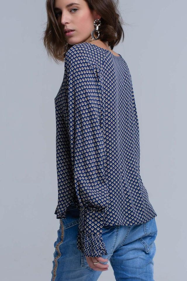Camicia blu marino stampata con polsini a volant
