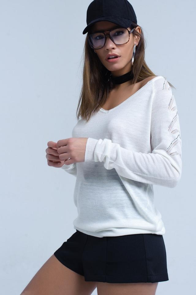 Maglione bianco in leggero tessuto a maglia