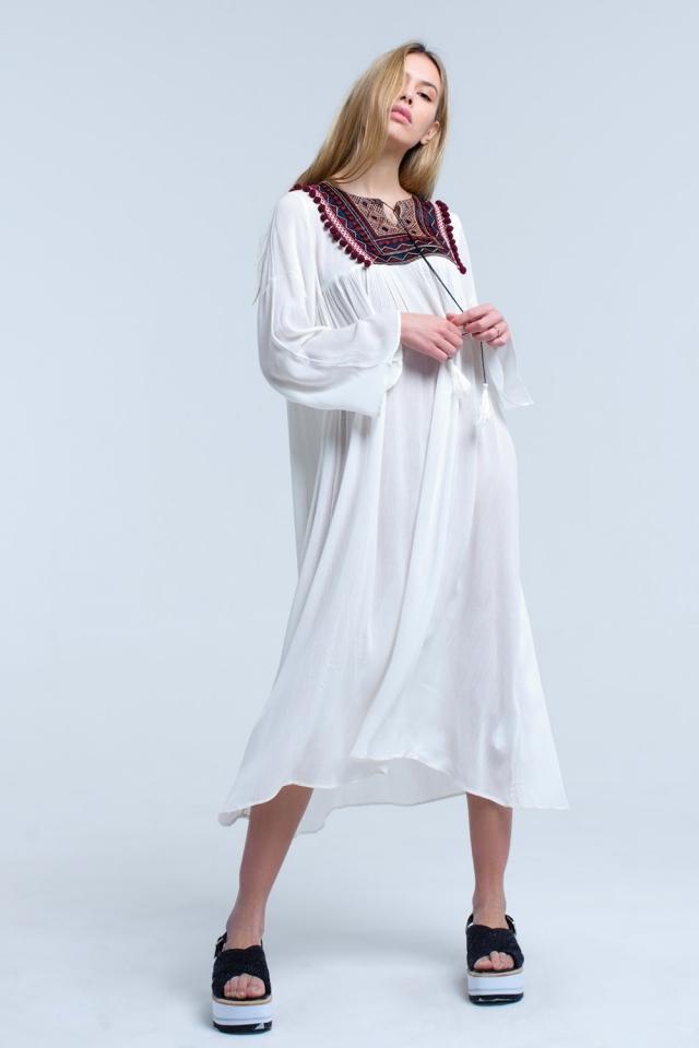 Vestito midi bianco con nappe e dettaglio ricamato