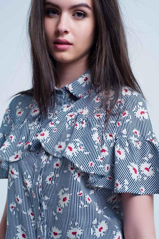 Camicia blu con motivi floreali e righe