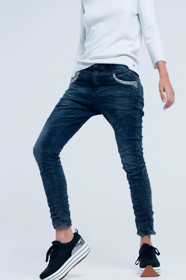 Jeans boyfriend con paillettes argento