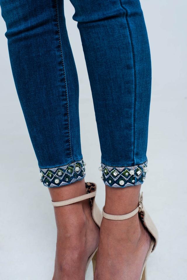 Jeans skinny alla caviglia con ricami