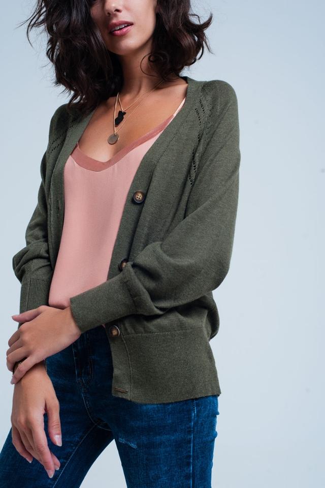 Cardigan verde in maglia larga con bottoni
