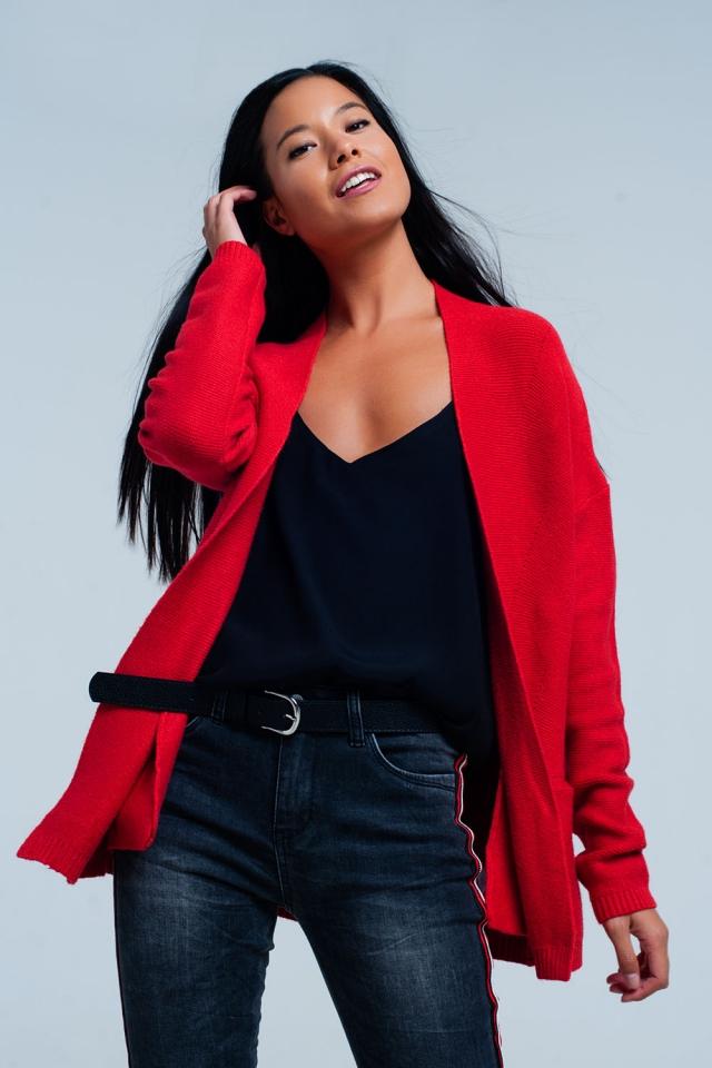 Cardigan rosso con tasche