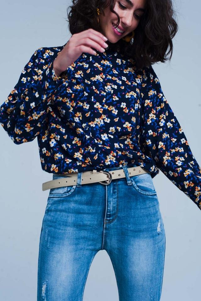 Camicia a fiori blu manica lunga
