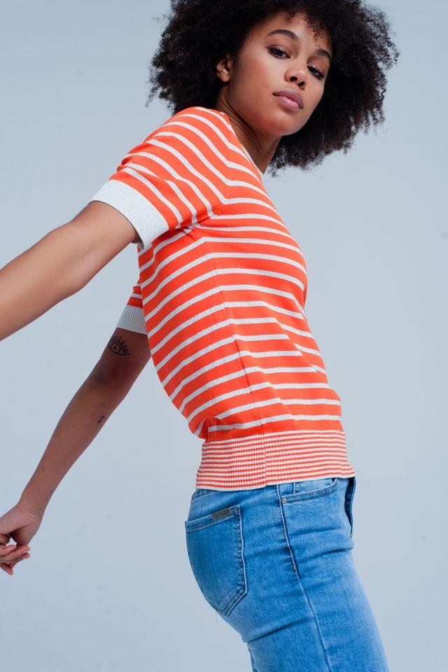 Maglione arancione a righe con glitter e maniche corte