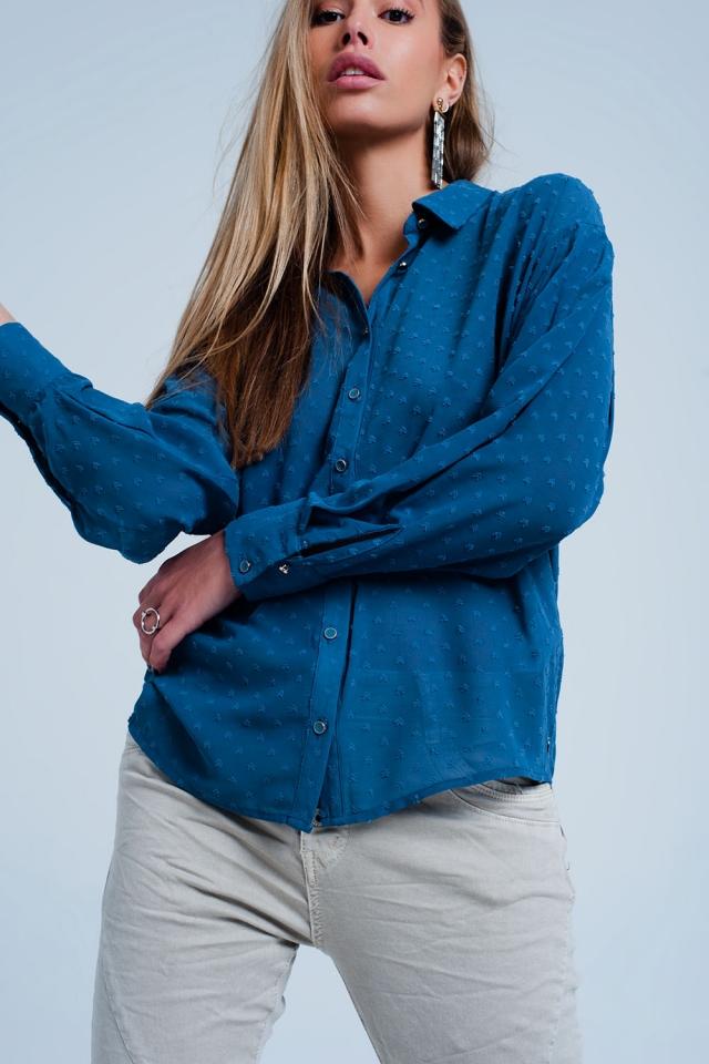 Camicia colore blu comoda trasparente a pois delicati