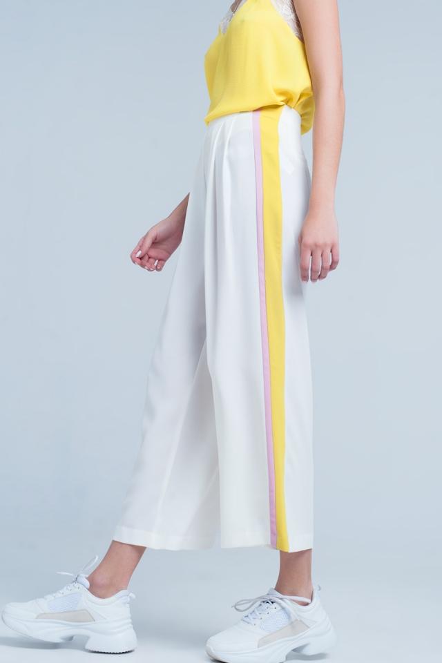 Pantaloni Bianco con fondo ampio e riga laterale