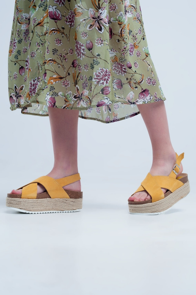 Sandali flatform stile espadrilles ocra