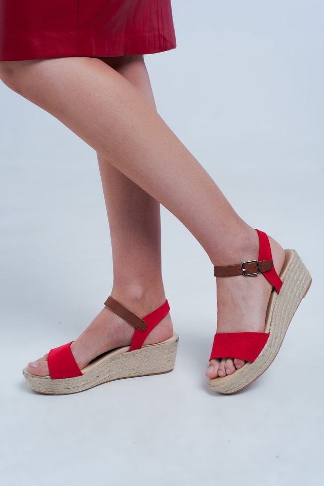Sandali con zeppe stile espadrilles color rosso