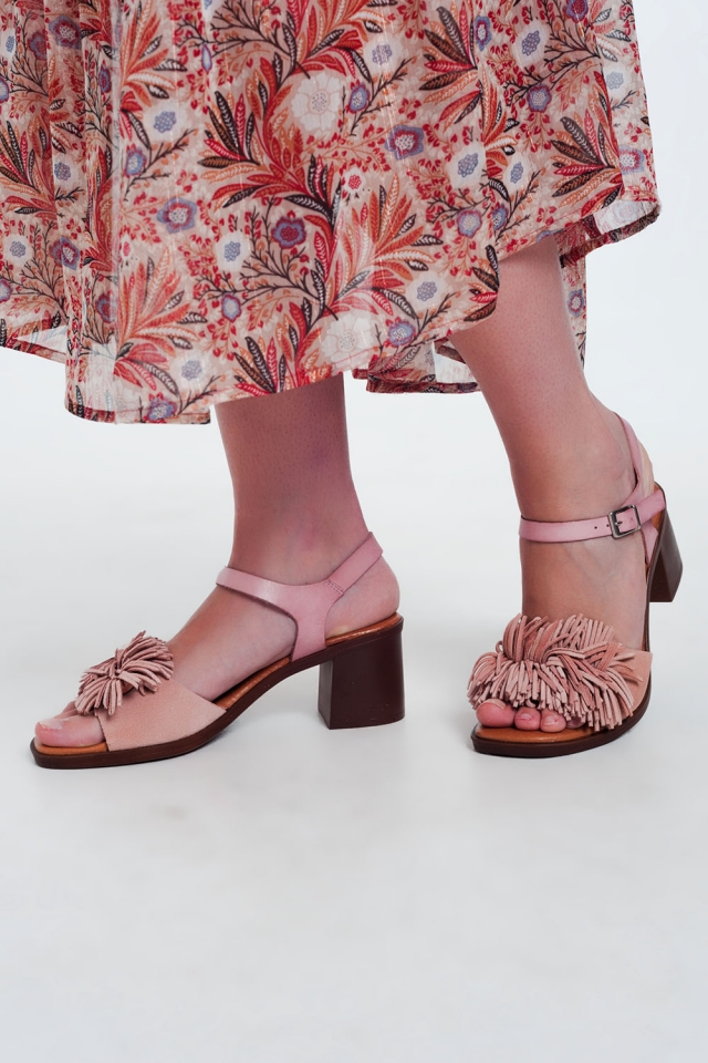Sandali con tacco alto con Rouches in rosa