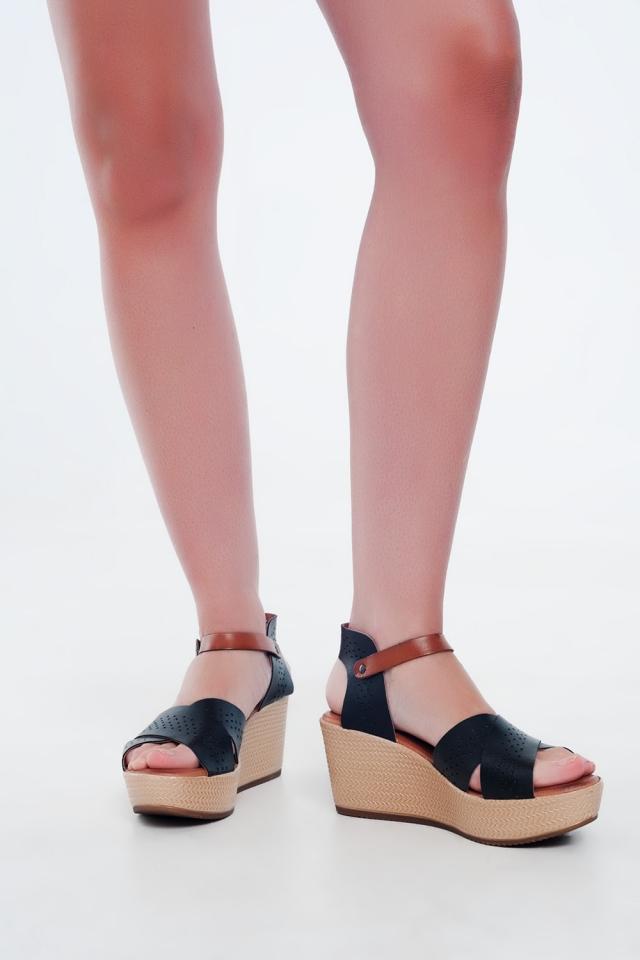 Sandali stile espadrilles in pelle nero con zeppa alta