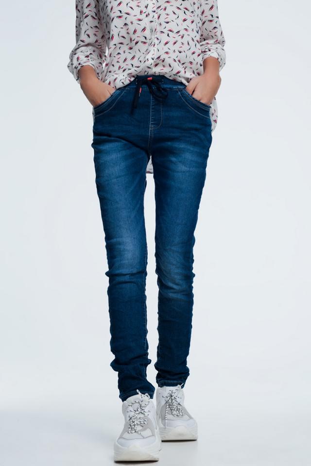 Jeans larghi blu lavaggio scuro con coulisse
