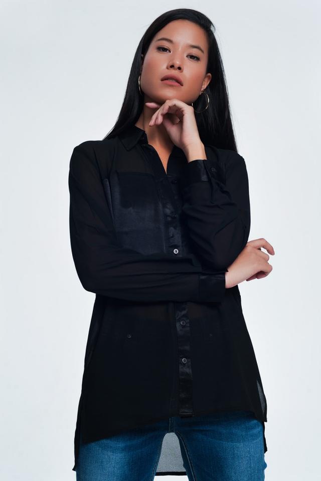 Camicia comoda a maniche lunghe in raso nero