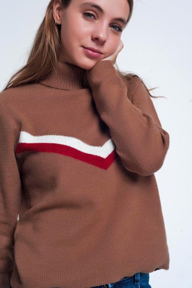 Maglione marrone con motivo a spina di pesce