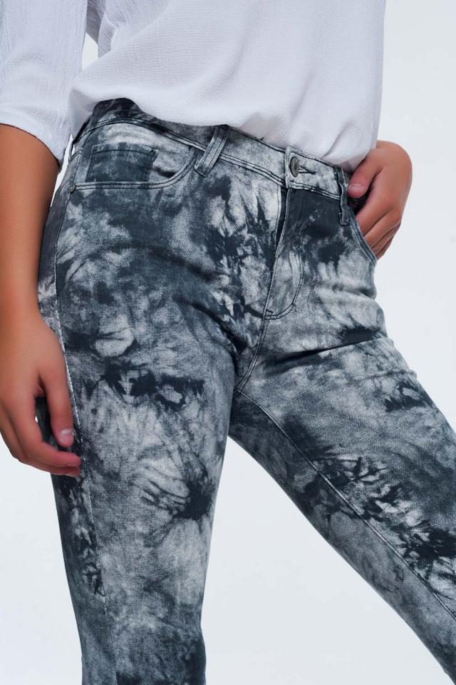 Pantaloni grigi colorati slim