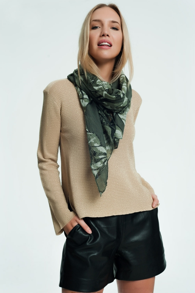 Scarf in khaki with print