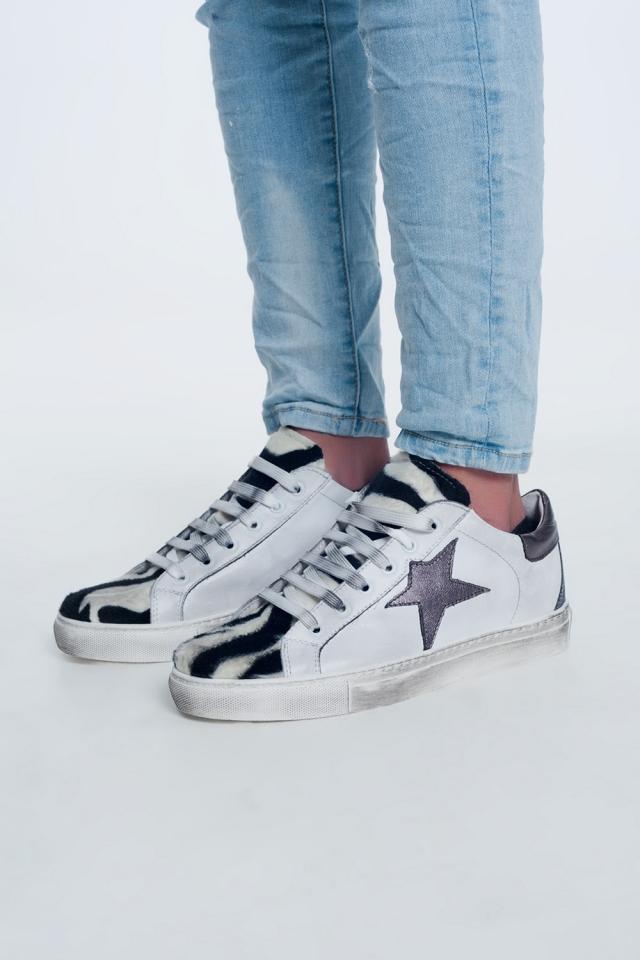 Sneakers zebrate