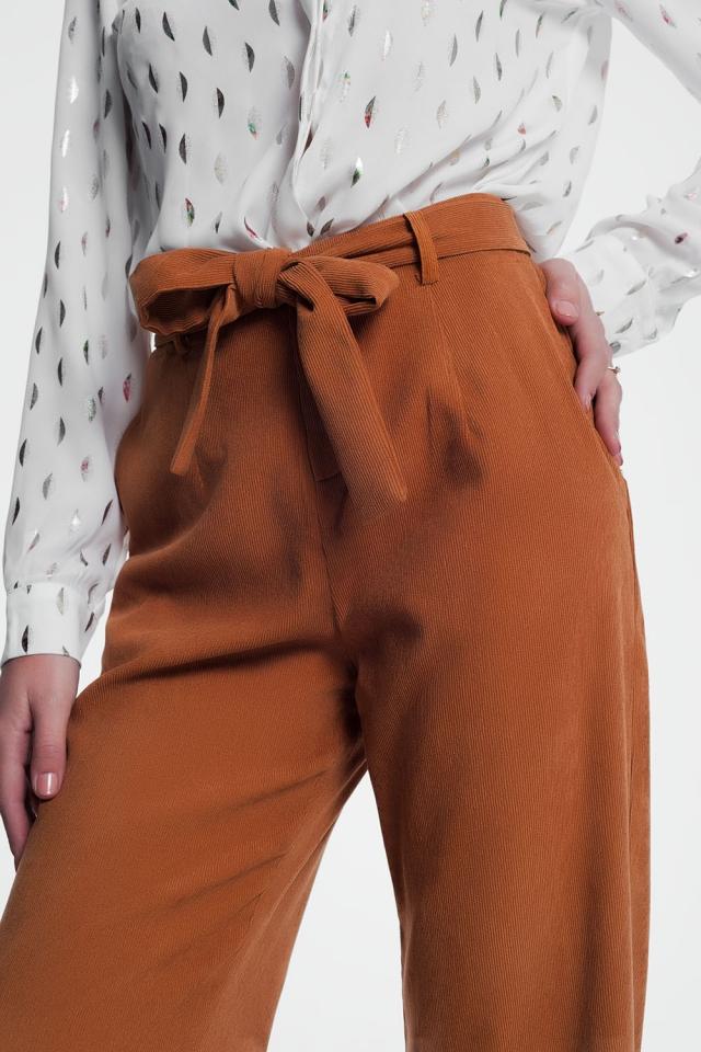 Pantaloni a coste con fondo ampio e cintura da annodare