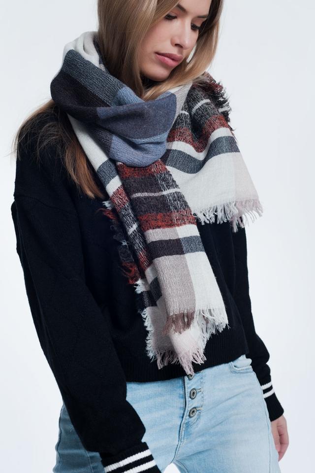 Sciarpa in maglia a righe multi