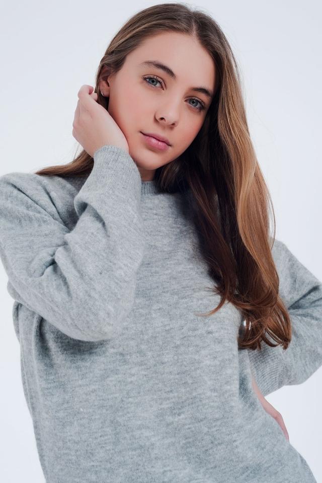 Maglione girocollo grigio con bordi a coste