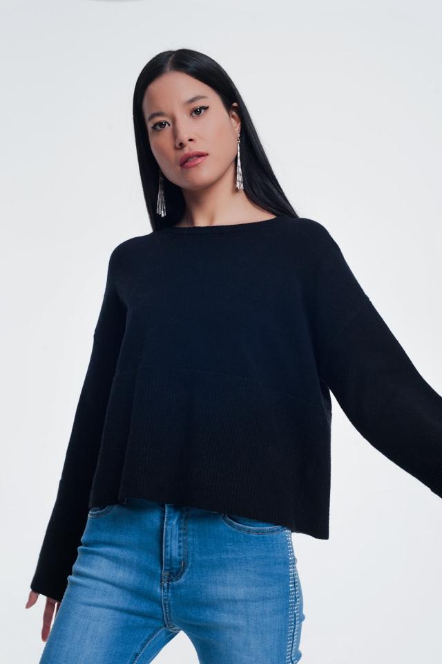 Maglione con dettaglio a coste sulle maniche in nero