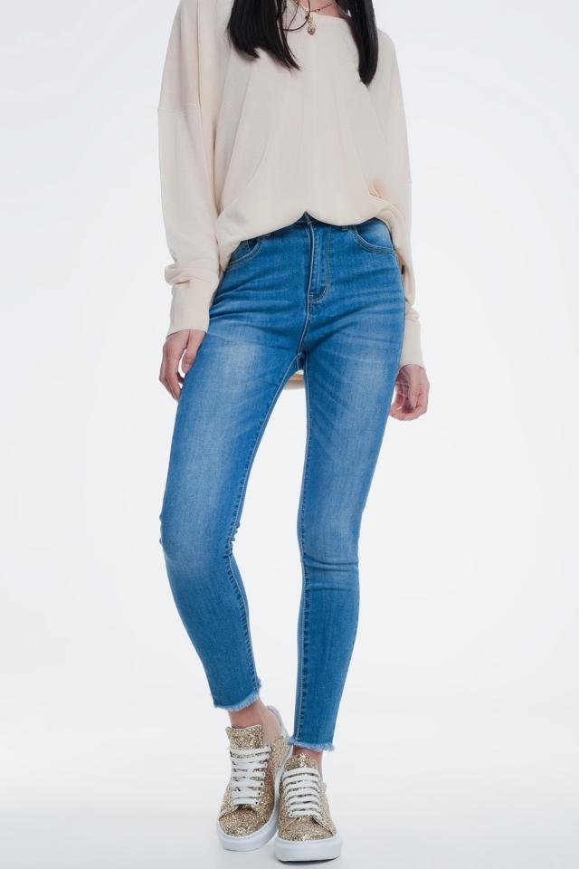 Jeans cropped skinny lavaggio blu con bordi grezzi