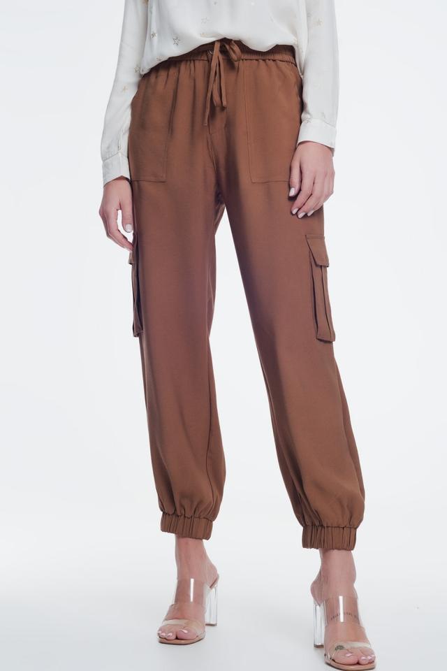 Pantaloni a palloncino marrone con tasche