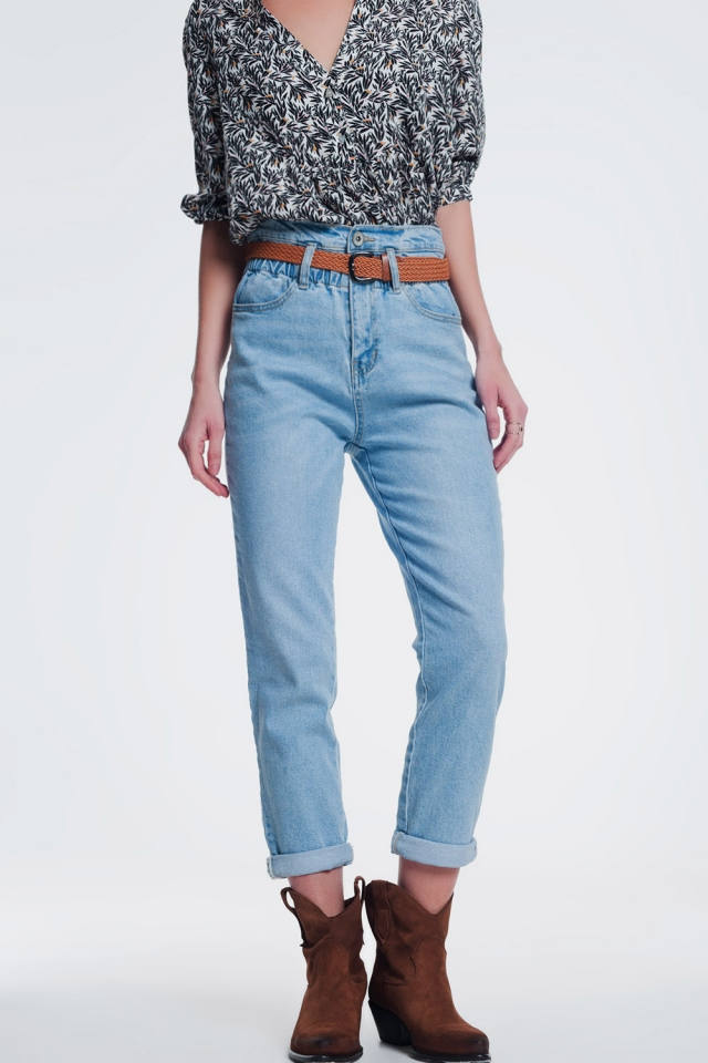 Mom jeans slim a vita alta in denim riciclato lavaggio vintage medio