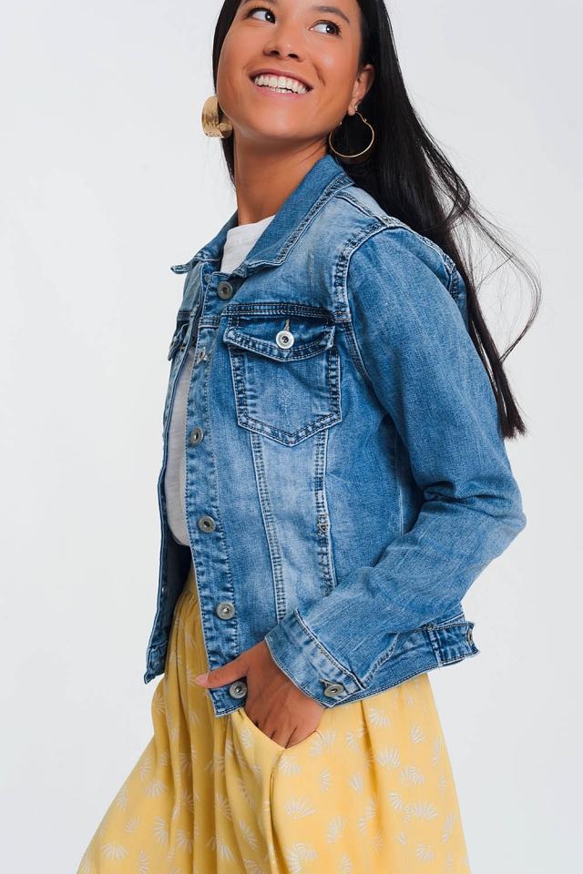 Giacca corta di jeans lavaggio grezzo azzurri