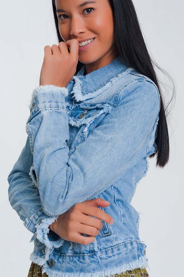 Giacca di jeans con fondo grezzo azzurro