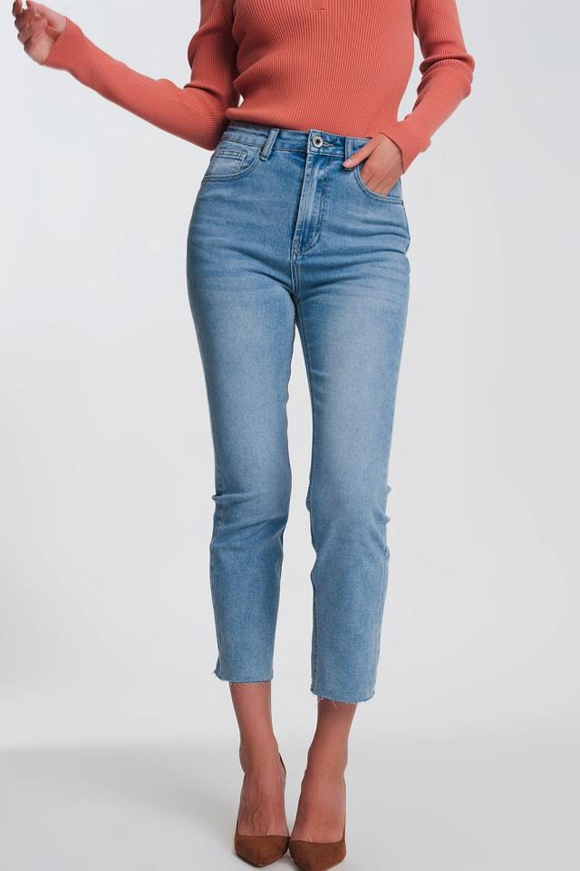 Jeans dritti con fondo grezzo azzurri