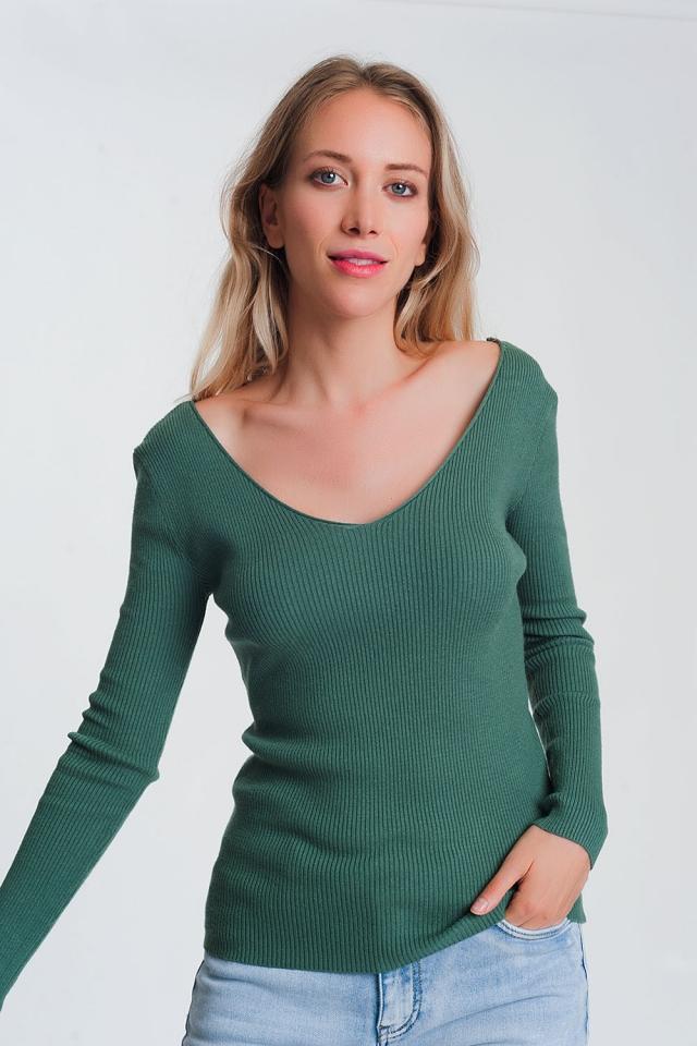 Maglione verde arancione con scollo a V sul retro