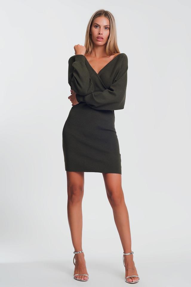 Vestito maglia con profondo scollo a V e maniche voluminose verde
