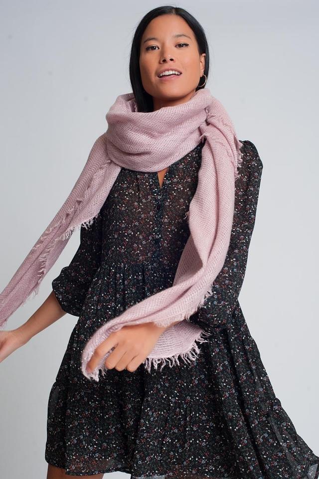 Sciarpa lavorata a maglia leggera in rosa
