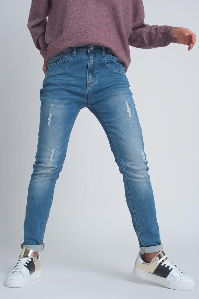 Jeans boyfriend tessuto a coste strappati lavaggio medio