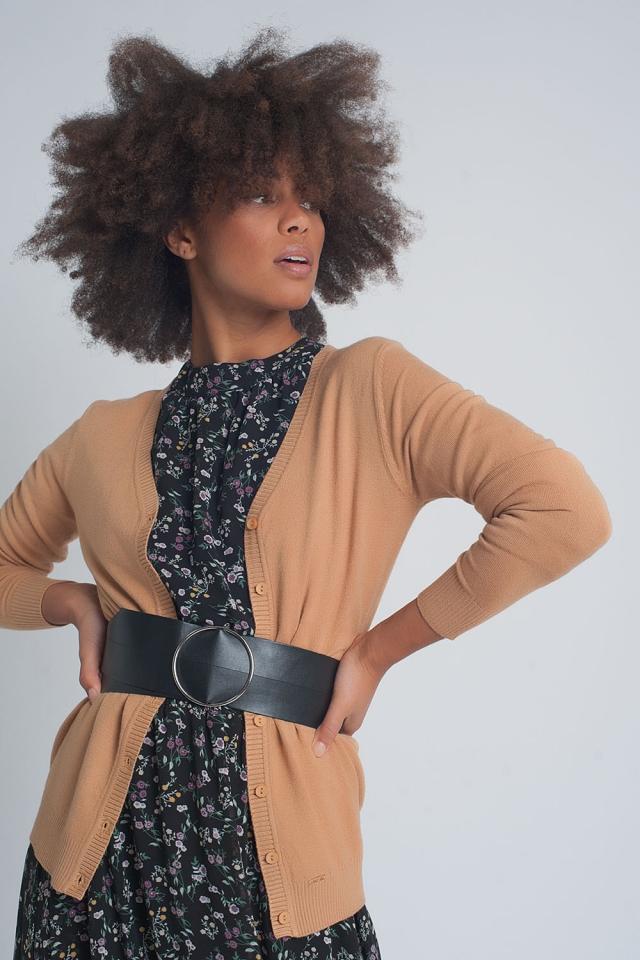 Cardigan corto in maglia cammello con bottoni anteriori