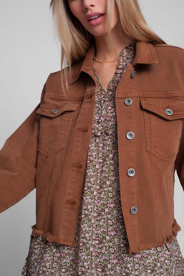 Giacca di jeans marrone con fondo grezzo