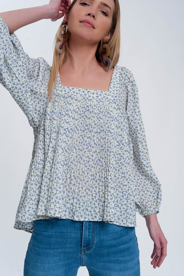 Boxy top in floral