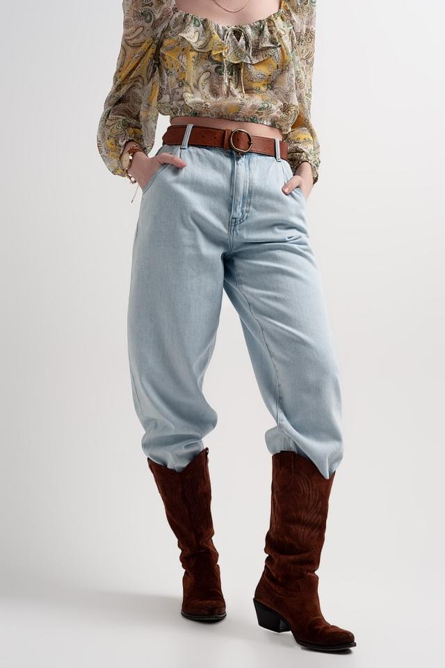 Mom jeans extra larghi a vita alta lavaggio chiaro