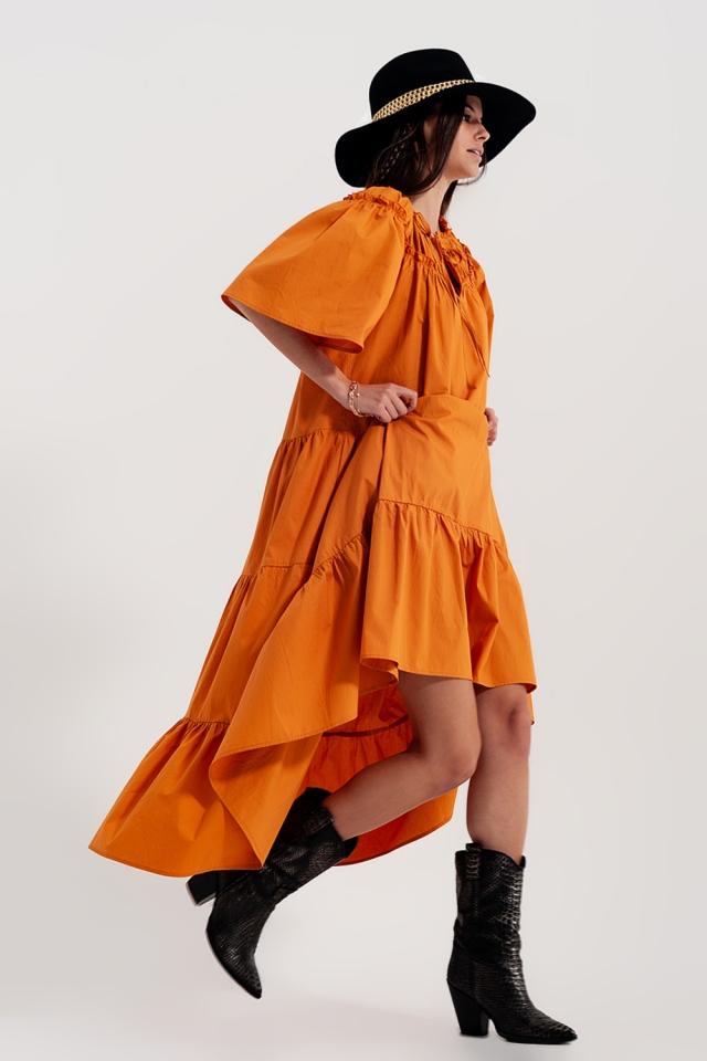 Vestito grembiule midi a balze in popeline di cotone in arancione
