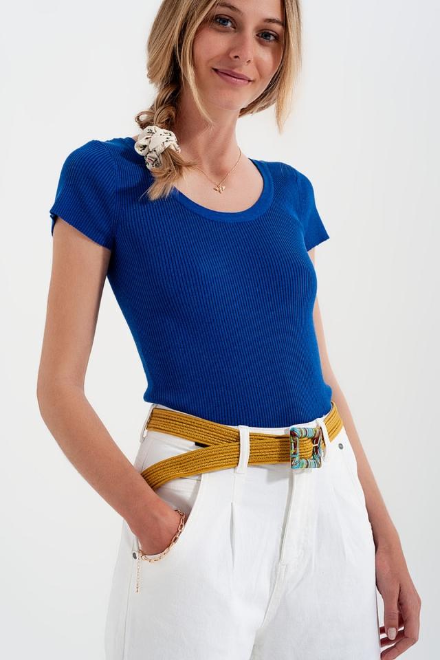 T-shirt girocollo attillata lavorata a coste blu