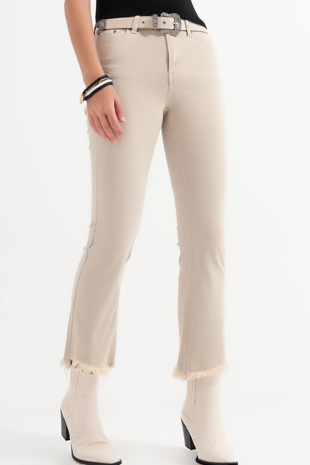 jeans straight beige con caviglie larghe