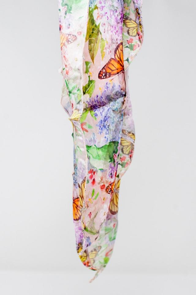 Sciarpa rosa con stampa di farfalle